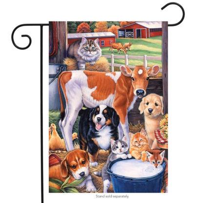 Animals in the Barn Garden Flag - g00127